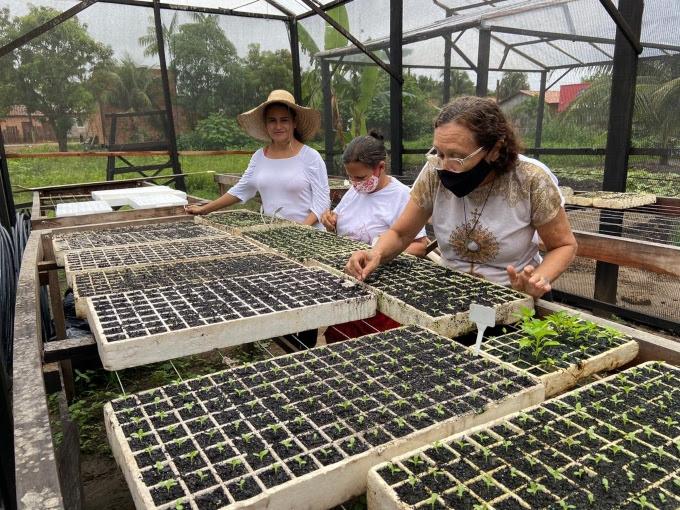 Mulheres semeiam sonhos e hortas no sudeste doPará